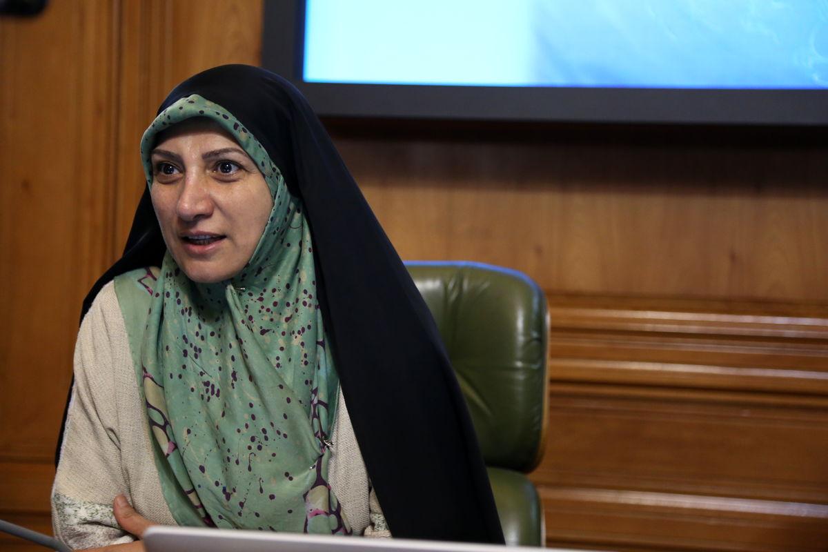 یکی از اعضای شورای شهر تهران از قانون تاجگذاری انتقاد کرد  آخرین خبرها