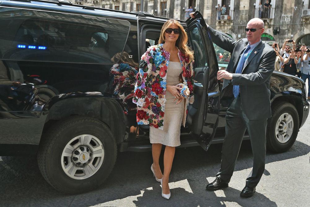 جنجالی ترین لباس های ملانیا ترامپ به عنوان بانوی اول
