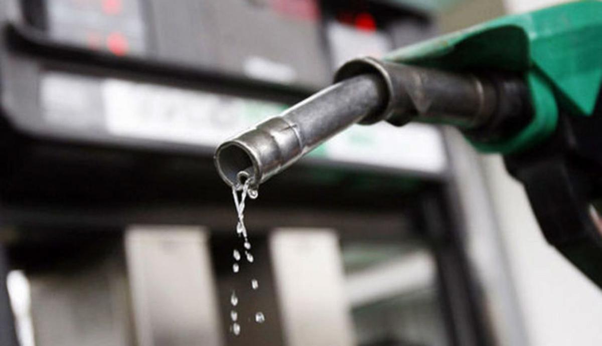 پیامدهای سه برابر شدن قیمت بنزین  آخرین خبرها