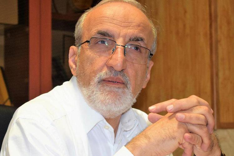 """رضا ملک زاده کیست؟  / آیا اظهارات احمدی نژاد در مورد معاون نمکی صحت داشت؟  / از اتهامات مخالفت با طب سنتی گرفته تا ایجاد ایده """"بچه های کمتر ، زندگی بهتر"""""""