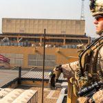 """ایالات متحده """"در میان تنش های منطقه ای"""" برخی از کارمندان سفارت در بغداد را خارج می کند """"  عراق"""