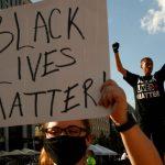 """رهبری پلیس ، که BLM آنها را یک گروه """"تروریستی"""" می نامد ، خشمگین است  آمریکا و کانادا"""