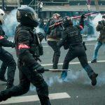 دولت فرانسه لایحه محدود کردن فیلمبرداری پلیس را رد می کند  فرانسه